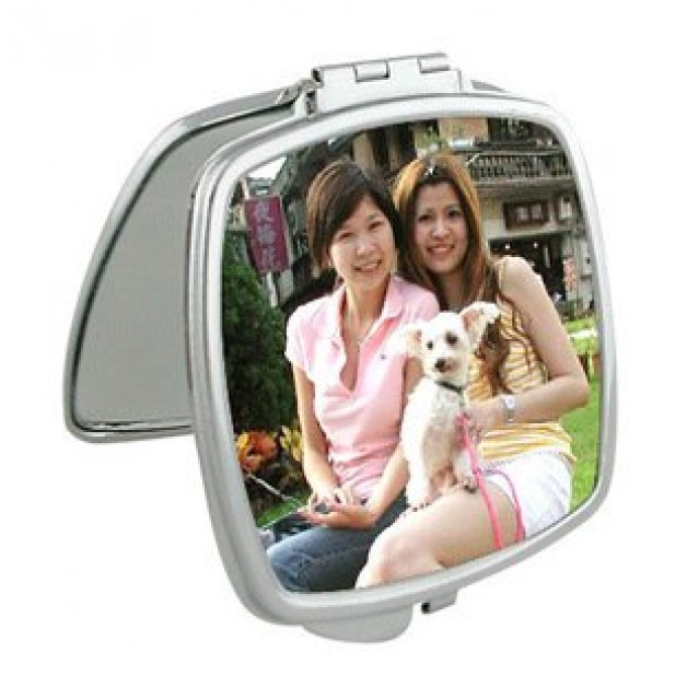 Compact Mirror